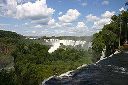 Falls_Argentine_side