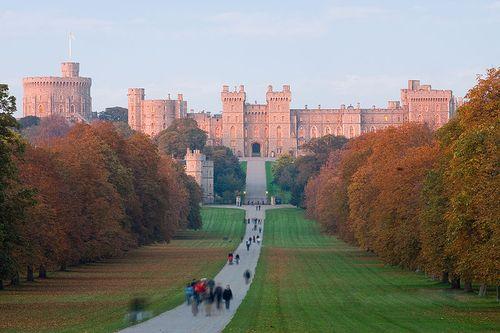 Windsor_Castle_at_Sunset_David_Iliff_Wikipedia